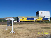 Wallowa Union Railroad (Eagle Cap Train) - WURR 2085 & 2087